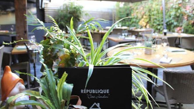 """République """"Côté Jardin"""" - Restaurant - Nantes"""