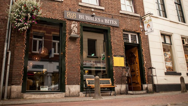 Bubbles & Bites Restaurant