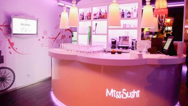 Miss Sushi - San Pablo Vista sala