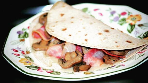 Oli i Sal La Salata: bacon, champiñones y gorgonzola.ola,