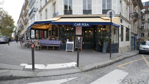 Café Pola Entrée
