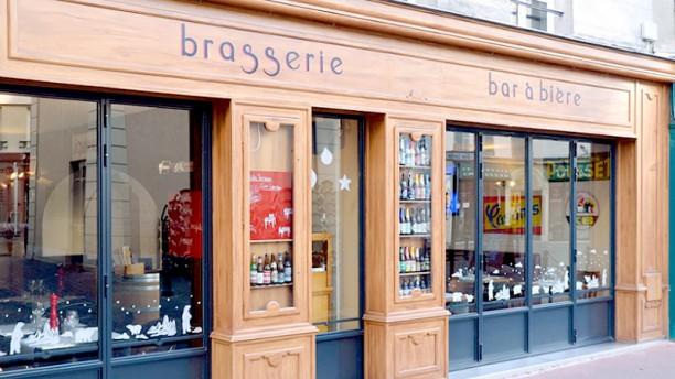 Cafe Jules Devanture