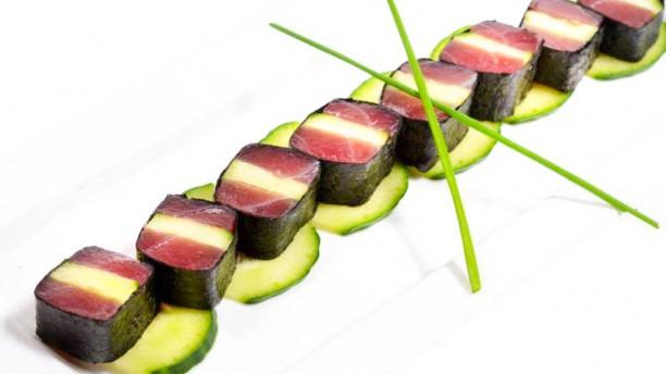 fusion-n-rolls-sushi-68bba