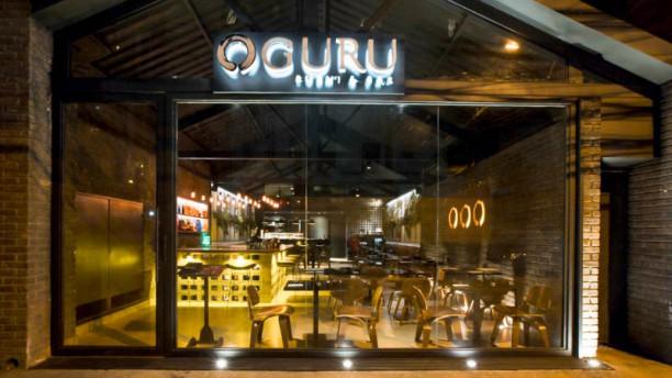 Oguru Sushi & Bar Fachada