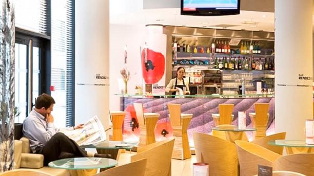 Ibis Euromed Salle du restaurant
