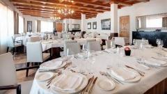 Azafata - Hotel TRYP Valencia Azafata