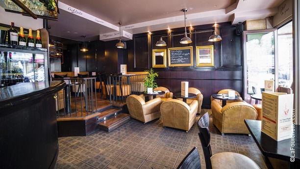 restaurant le vrai paris paris 75018 montmartre. Black Bedroom Furniture Sets. Home Design Ideas