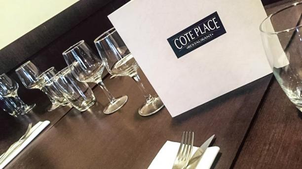 Côté Place Table dressée