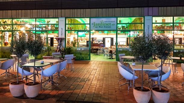 El Jardinet del Port Forum Terraza