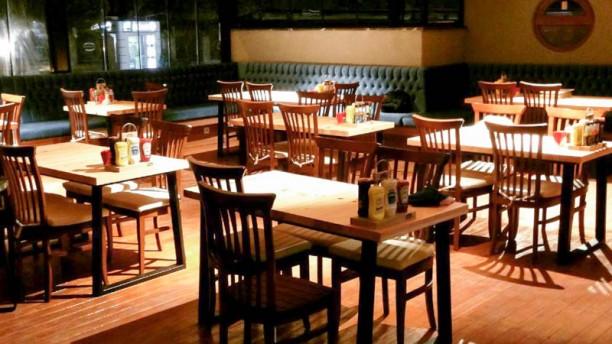 Karnivora Steak & Burger House Dining hall
