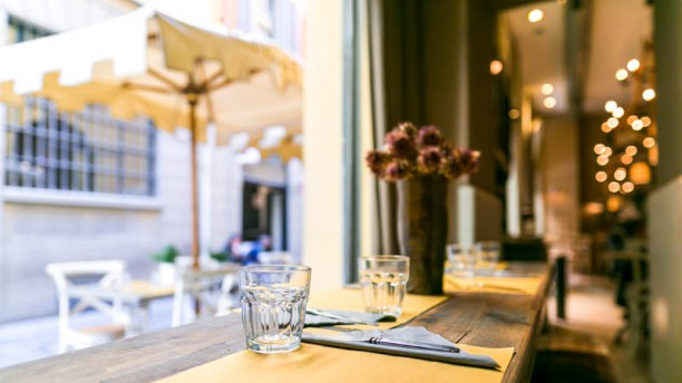 Fiori Chiari Plates in Milan - Restaurant Reviews, Menu and