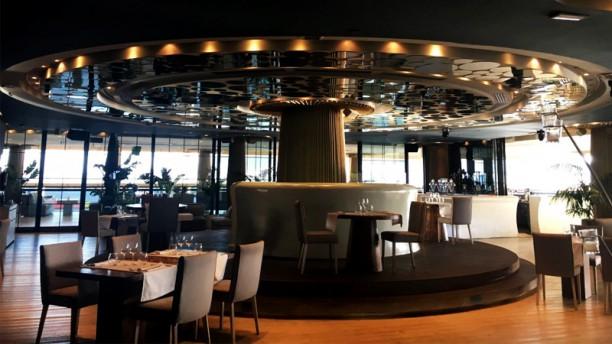 Restaurant caf del mar lounge barcelona barcelona for T s dining and lounge virden menu