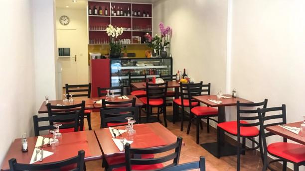 Nem Hanoi Salle du restaurant
