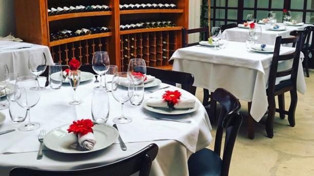 Wine Bar Aldeia da Serra Sala