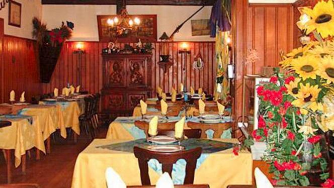 Vue salle - La Pomme d'Or, Eschau