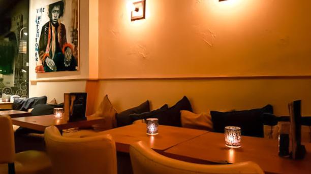 Fijn Bar & Kitchen Impressie Avond