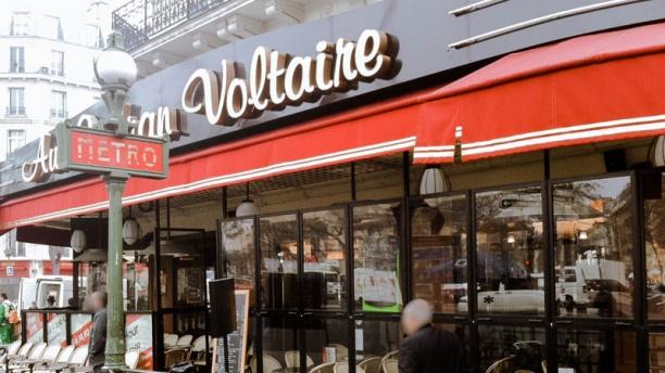Au Cadran Voltaire Devanture