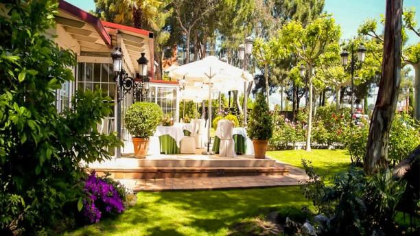 Restaurante el jard n del mesonero en las rozas men for Aparthotel jardin de recoletos madrid