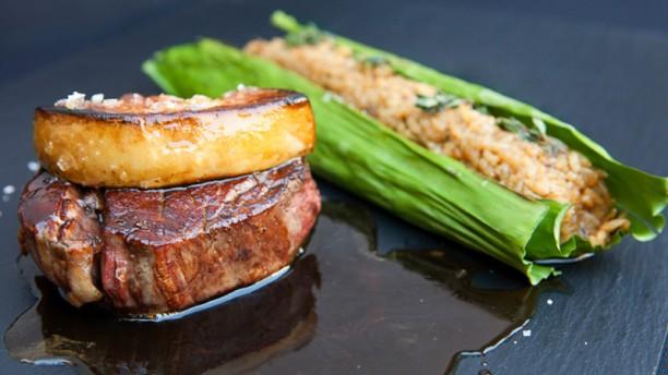 Restaurant elephant restaurant lounge barcelona menu for T s dining and lounge virden menu