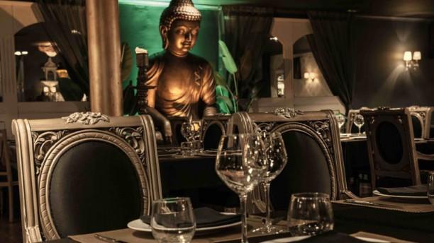 Elephant Restaurant Lounge Vista sala