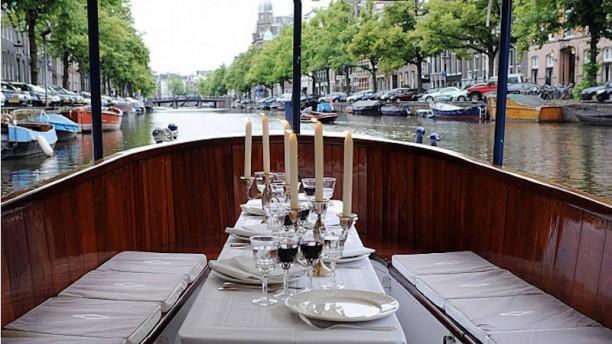 Dinner Cruise Amsterdam - Varend Restaurant for groups from 10 up to 35 persons. Varend restaurant heerlijk dineren op het water