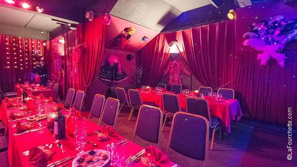 Cabaret Le Diamant Rose vue de la salle