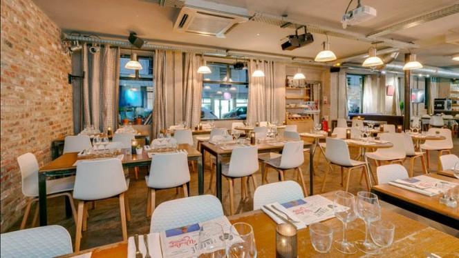 Le Paname Art Café - Restaurant - Paris