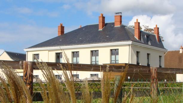 Restaurant Chateau Bleu Tremblay