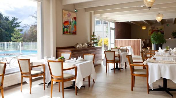 golden tulip mulhouse basel sausheim h tel 26 rd 201 rue des c v nnes 68390 sausheim. Black Bedroom Furniture Sets. Home Design Ideas