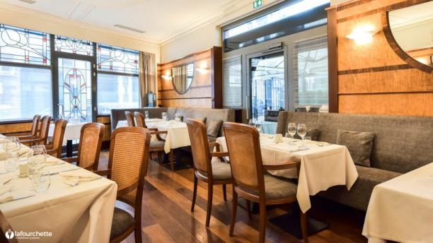 Le Court Debout Salle du restaurant