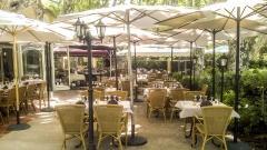 Hôtel Restaurant La Touloubre Français