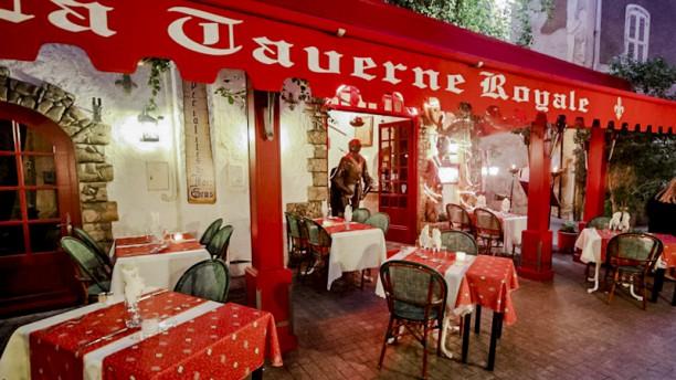 La Taverne Royale Devanture