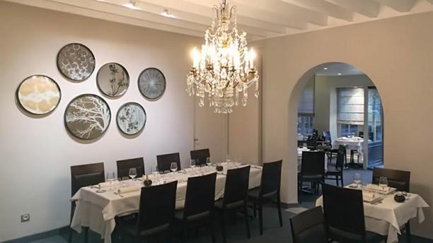 La Table Des Marronniers