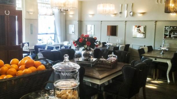 Allescafé de Gereghthof Restaurantzaal