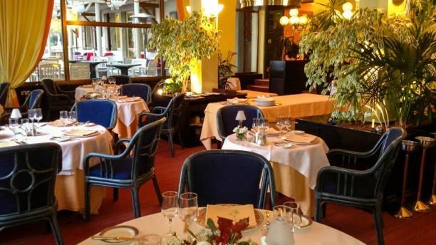 Restaurant La Perle du Lac Salle 2