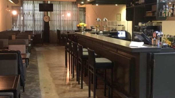 Hotel M Bar e Restaurante Entrada