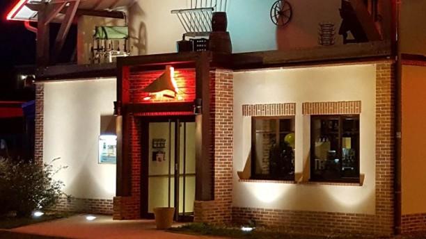 Courtepaille La façade du restaurant