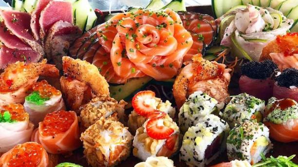 Miyabi Sushi by Rodrigo Mattos Prato