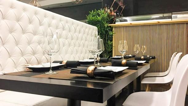 Yó Nashi Sushi Bar Vista da sala