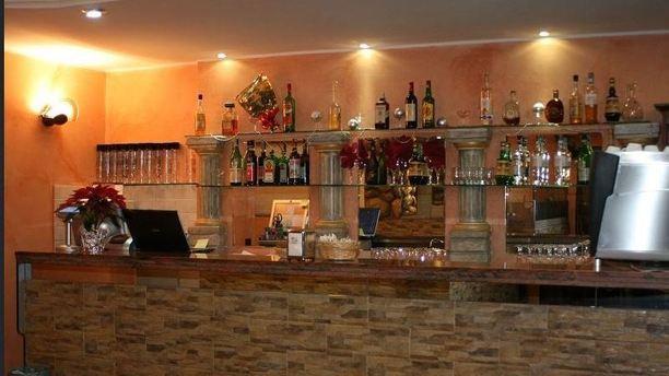La Taverna del Goloso angolo bar.JPG