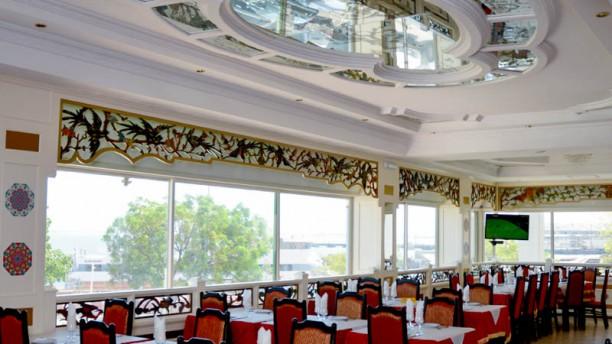 Delhi Darbar Cacilhas Vista da sala
