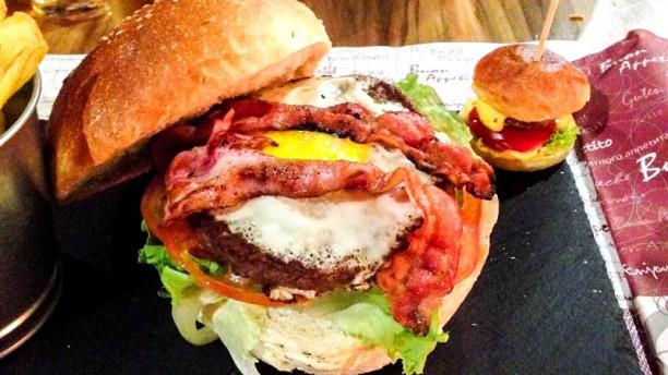 PUBurger Burger