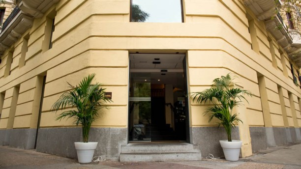 Asador Imanol Felipe II Vista entrada