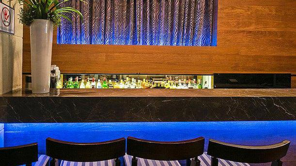Dock - Hotel Tryp Paulista rw barra