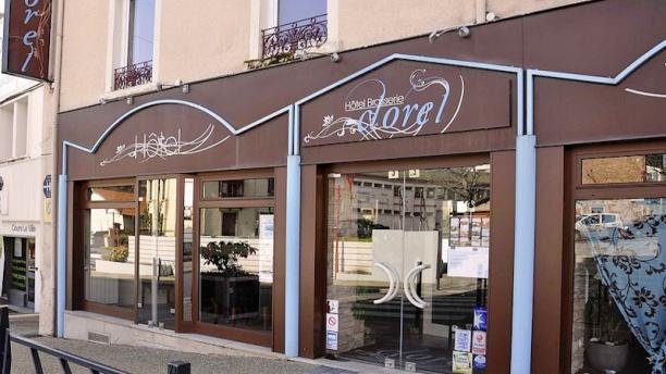 Hôtel Restaurant Le Clorel Entrée