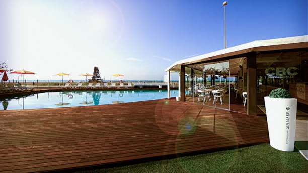 restaurante casanova beach club en castelldefels men