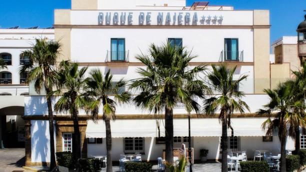 El Embarcadero - Hotel Duque de Nájera Entrada