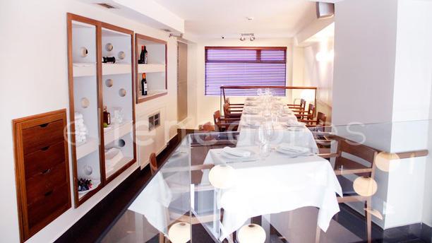 Goss Bar - El GastroBar de Petit Comité Sala