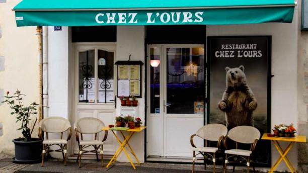 Chez l'Ours Façade