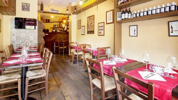 Piccola Toscana Vue de la salle